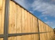 Kwikfynd Lap and Cap Timber Fencing argenton